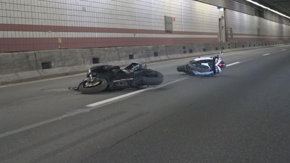 2 motorcyclists killed in accident inside Boston tunnel | WJAR
