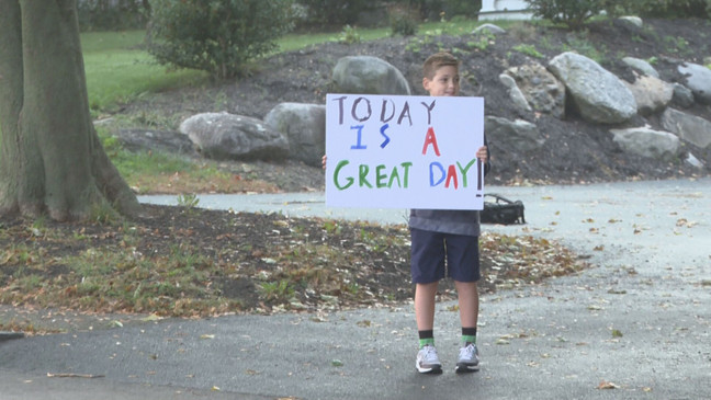 Swansea boy wakes up early to spread kindness before bus stop | WJAR