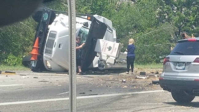 I-295 north in Johnston reopens after crash, 3 people transported to