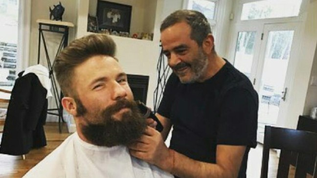 Patriots Star Julian Edelman Trims Beard Posts Photos On