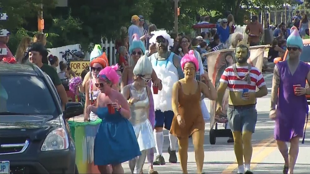 Ancients and Horribles' parade entertains crowd in