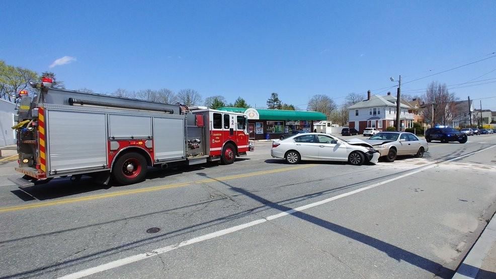 Cranston police respond to serious car crash   WJAR