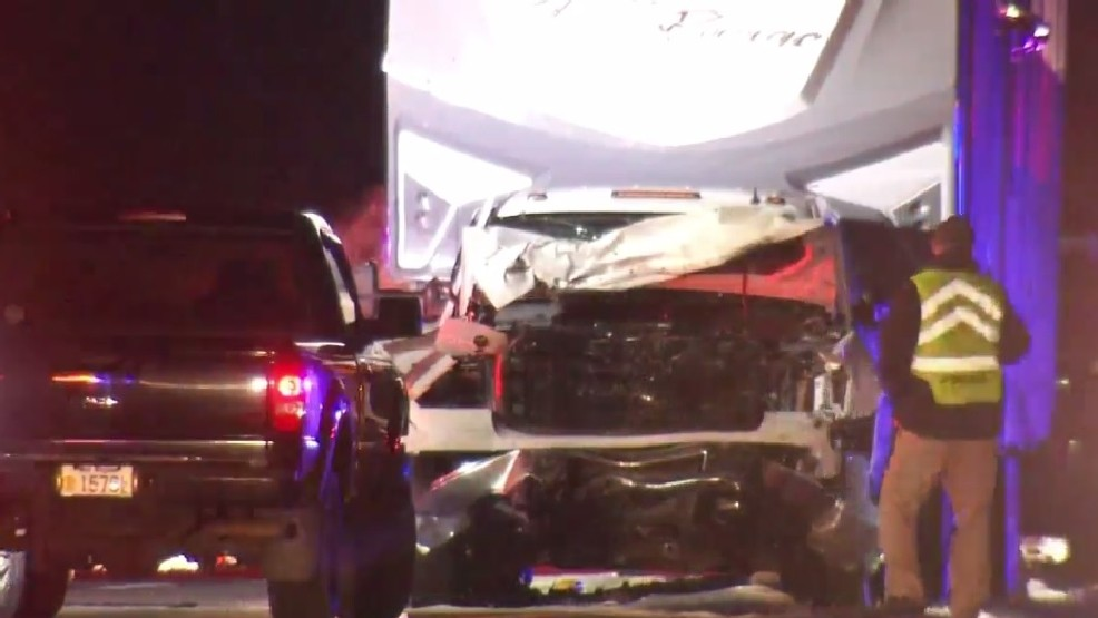 Police obtain warrant for mother involved in crash that killed 2